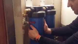 видео Обезжелезиватель за 15000 рублей с ручным клапаном своими руками
