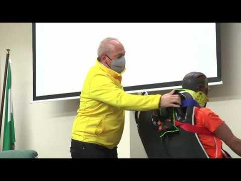 Entrenamiento de los bomberos de Cordoba con el sistema de asientos salvavidas para autobús E-Rescue