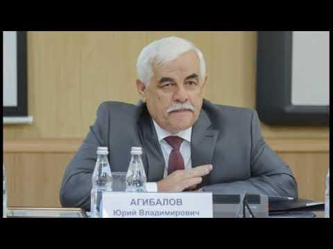 Воронежский губернатор выплатил уволенному заму 23 оклада и снова взял его на работу