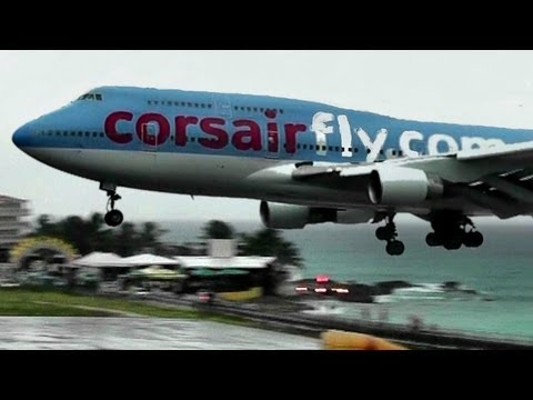 Corsairfly / Boeing 747 Landing during Heavy Rain at St Maarten, Princess Juliana Int'l Airport