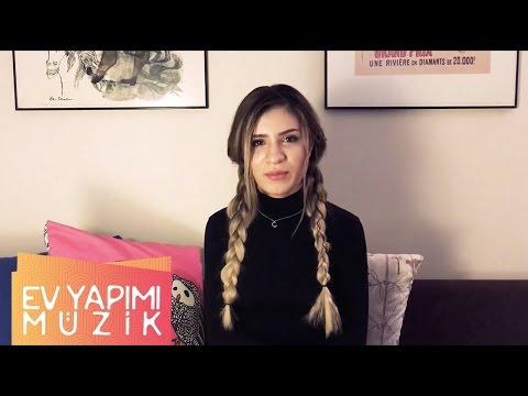 Feride Hilal Akın - Sie Liegt In Meinen Armen
