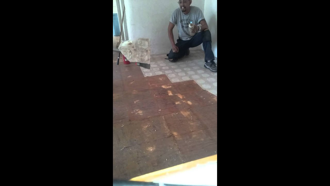 The Easiest Way To Remove Linoleum Tile Youtube