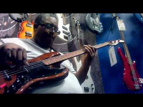 Fender Jazz  Bass (walnut) - maxproud
