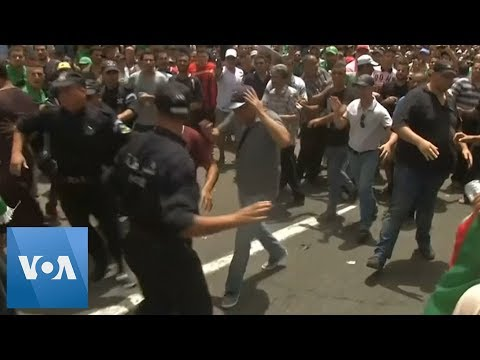 Algeria Protesters Keep Up Pressure on Country's Rulers