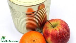 Je konzervované ovoce tak zdravé, jak si myslíme?