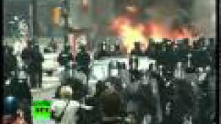 G20 Protests Heat Up: Video of police car fire in Toronto