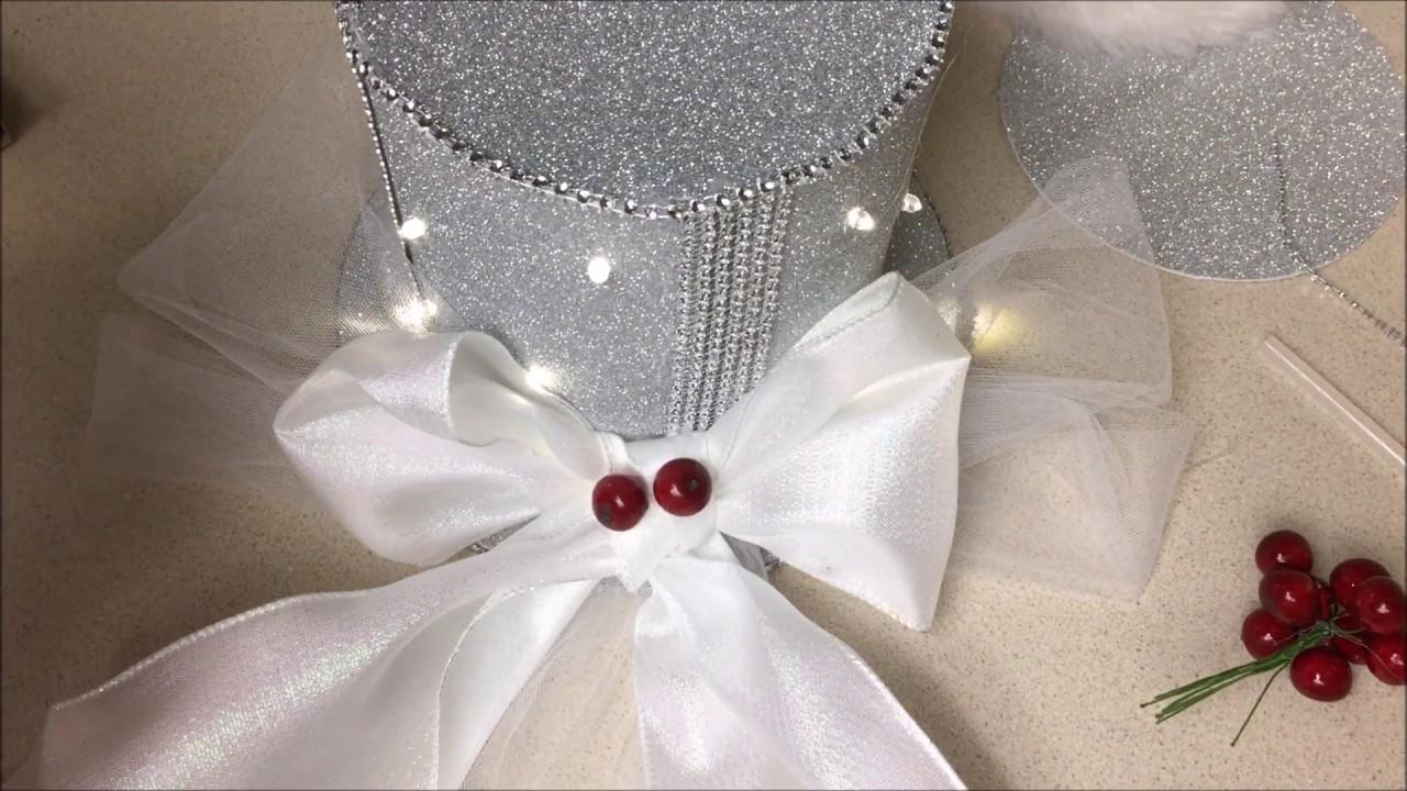 Manualidades navide as de sombrero para la copa del arbol for Manualidades navidenas con cartulina