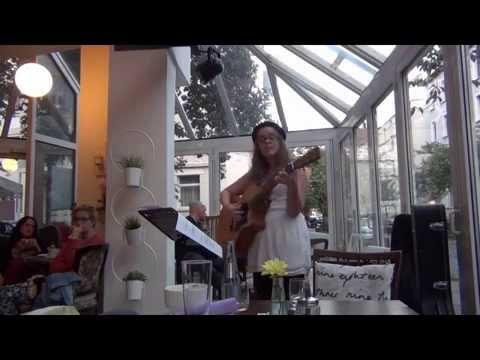 Whats Up Four Non Blondes Cover Von Bellaunplugged Live Im Café