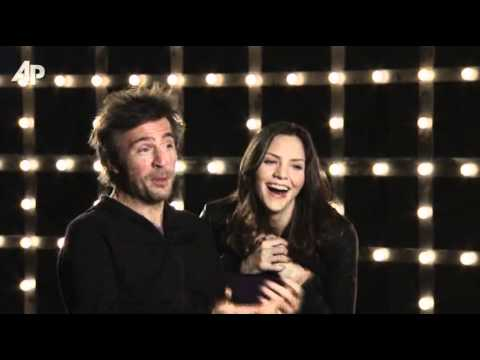 Outtakes With 'Smash' Stars McPhee, Davenport