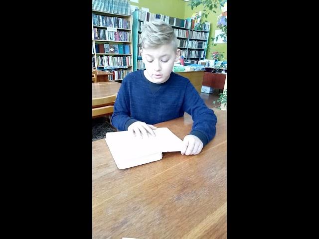 Изображение предпросмотра прочтения – НикитаКлипов читает отрывок изпроизведения «Обломов» И.А.Гончарова