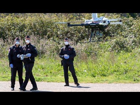 Video | İtalya'da Messina Belediye Başkanı sokağa çıkanları dronela kovaladı
