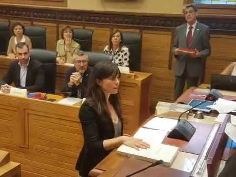 Laura Tuero Sánchez.  Promesa del cargo de concejala. Sesión constitución corporación 2019-2023