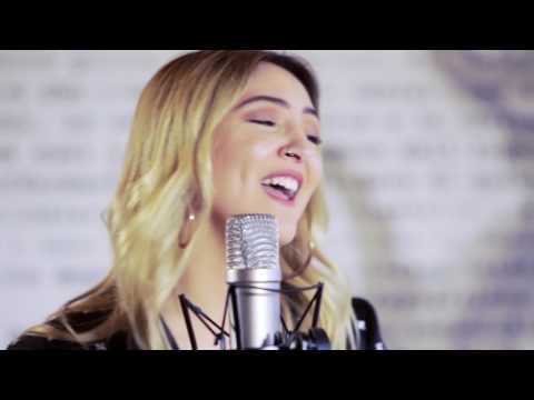 Julia Michaels – Issues Acoustic   on V Hits Australia