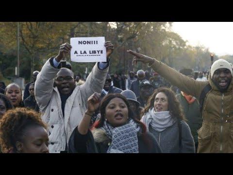 المئات يتظاهرون بالعاصمة الفرنسية ضد -العبودية- في ليبيا  - نشر قبل 21 ساعة