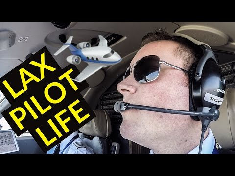 WHAT A PILOTS DAY LOOKS LIKE | DAY 1 OF 3-PILOT VLOG 2.8