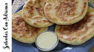 Como Hacer Arepas de queso Colombianas - Sabados con Adriana