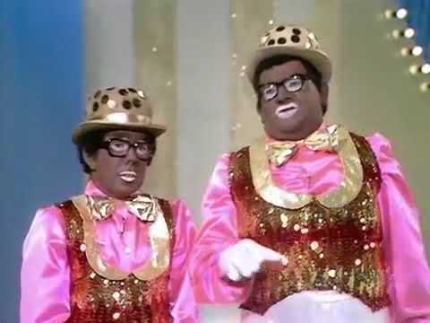 The Two Ronnies   The Short And Fat Minstrel Show Reprise