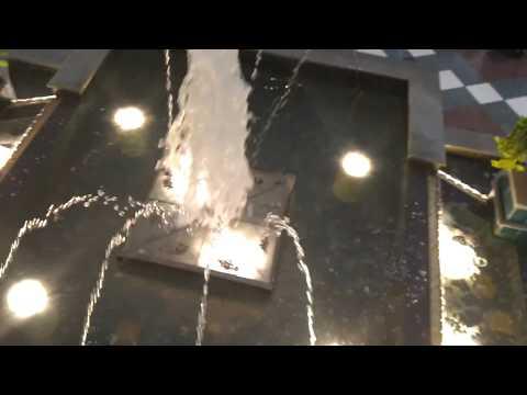 Westmoreland Mall Fountain 2