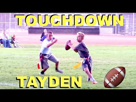 TAYDEN THROWS A TOUCHDOWN PASS AT FOOTBALL GAME!