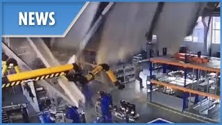 Roof collapses in Russian factory, three dead