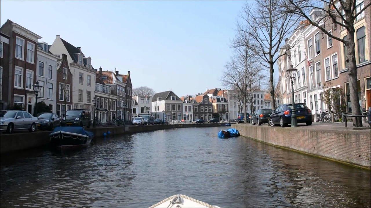 Eerste vaartje seizoen 2015 Leiden vanaf het water in de ...
