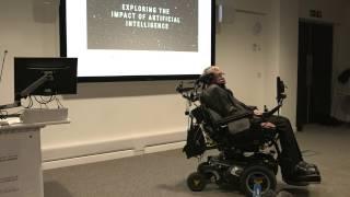Stephen Hawking yapay zeka yaratmak medeniyetimizin en büyük olay olduğunu söylüyor