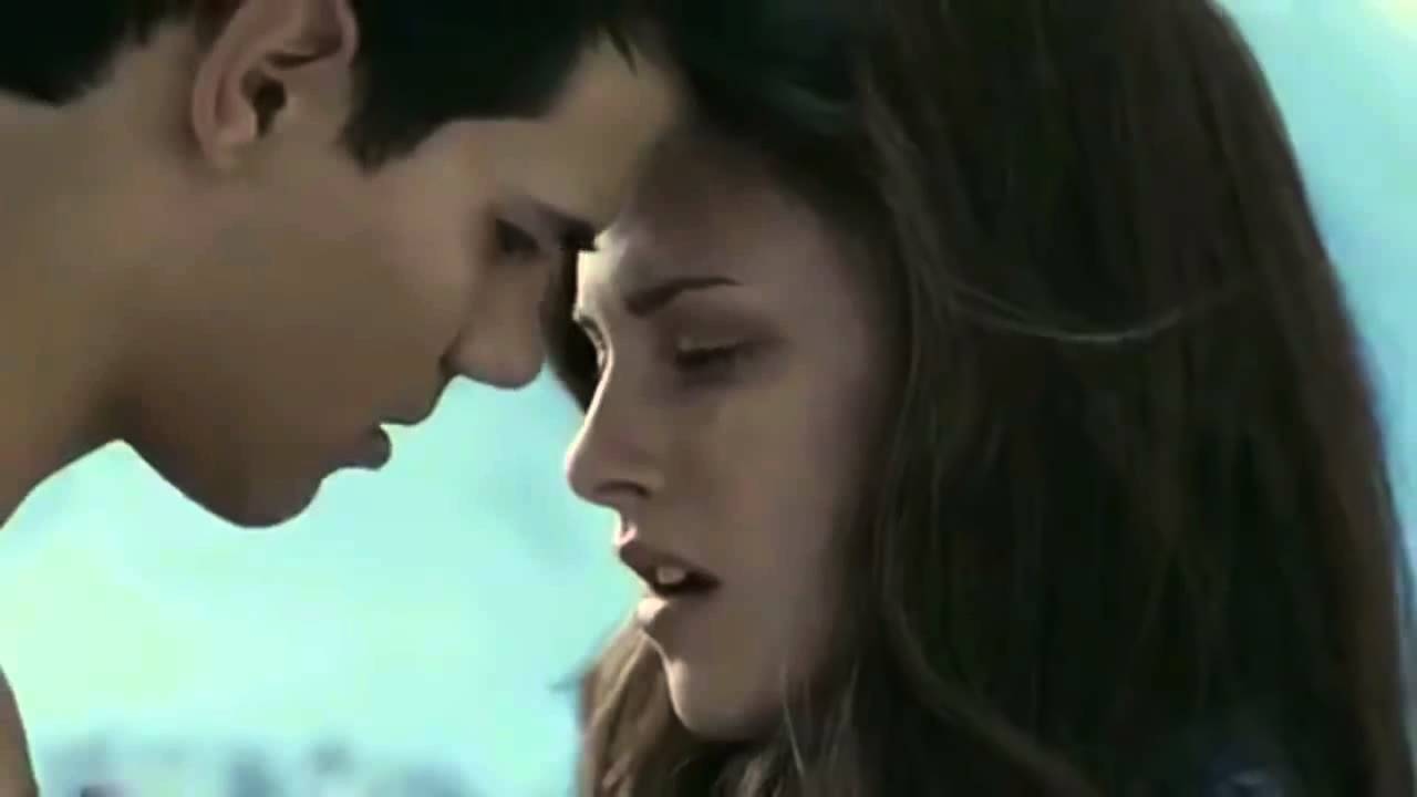 Kristen Stewarts Hot Scenes And Kisses - Youtube-8687