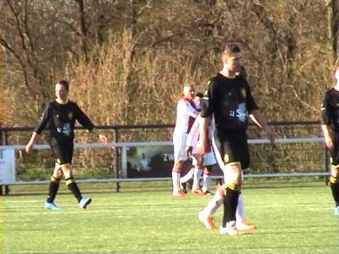 vv Workum - Lucky Ajax - Dennis Gerritsen scoort 1-1