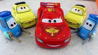 ТАЧКИ 3 Машинки Молния Маквин Гвидо и Луиджи Новые Мультики про машинки 2017 для детей Disney CARS 3