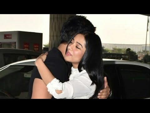 Amrita Rao Snapped With Her Hubby Cute Moment