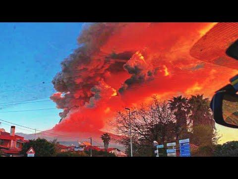 TERRIBLE Eruption of Etna Volcano, Italy. Mount Etna eruption