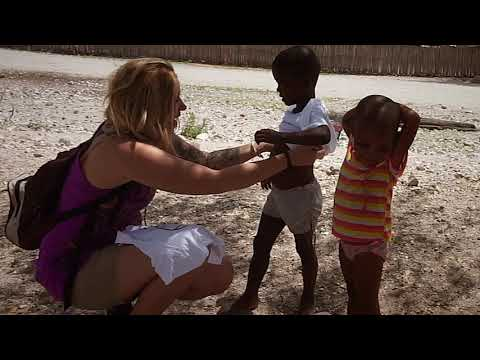 TRAVEL AND HELP AFRICA To go black under the skin