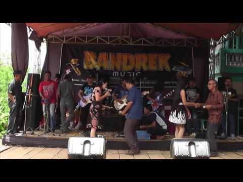 4 BANDREK music @ Lemahsugih Majalengka