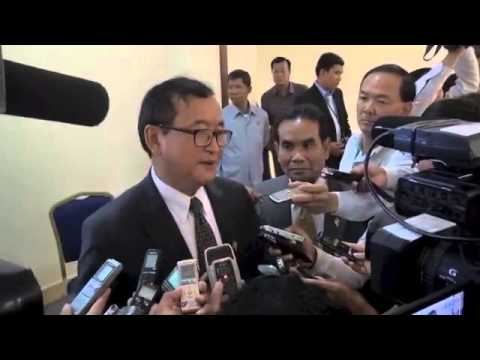 Rainsy speaks to the press 19 March 2015