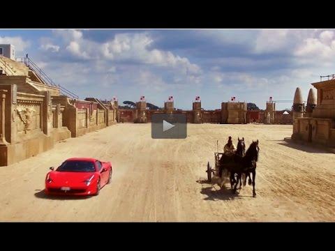 E se una biga sfidasse una Ferrari? Ecco la gara a Cinecittà World