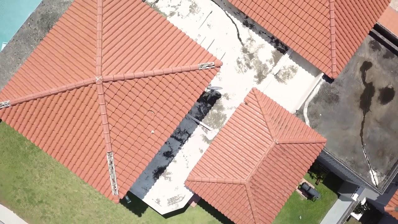 PASO 4 - Cómo mantener su techo limpio