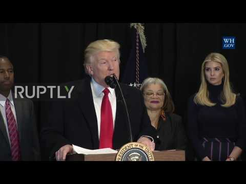 USA: Trump quotes MLK, vows to fight anti-Semitism at African-American history museum