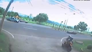 Душата на мъртва мотористка напуска тялото