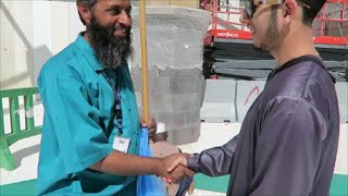 Giving Back to the Cleaners in Makkah and Madinah! #HaramainHeroes