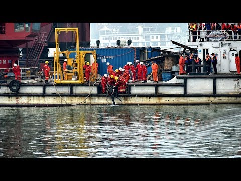 Yangtze accident: Black box of bus found