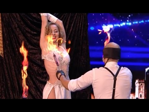 He sets the knives on fire, blindfolded, and throw it at his partner!! | Week 5 | Britain's Got Tale