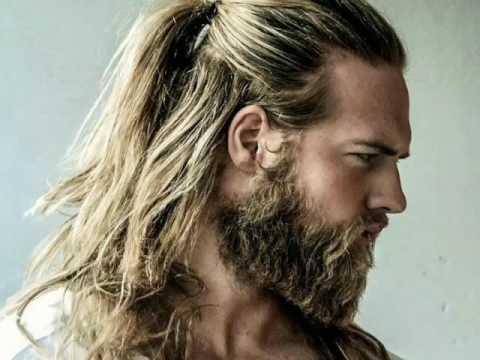 Genç erkek uzun saç modelleri