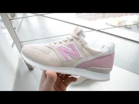 Кроссовки женские New Balance светло-розовые