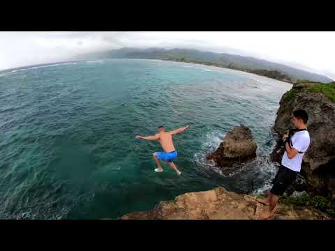 hawaii-life-part-2-(cliff-jumping,-hike-up-koko-head,-going-in-caves)