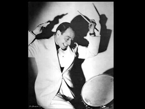 Vic Berton , Sterling Bose - A SMILE WILL GO A LONG LONG WAY