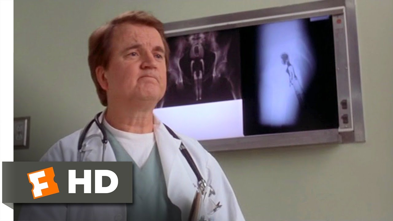 White Coats (1/9) Movie CLIP - Malibu Mindy (2004) HD - YouTube
