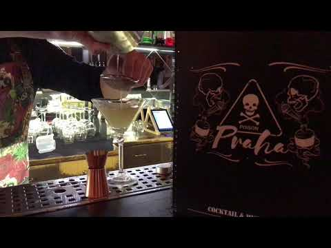 Happy Hours in Poison Bar - Cocktails & Karaoke Prague
