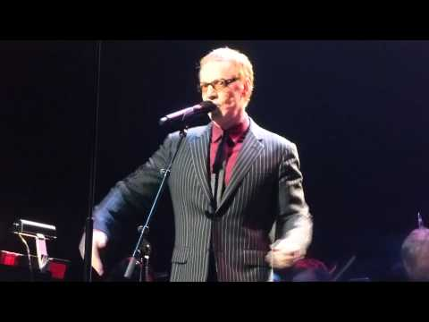 10-31-14 Danny Elfman sings Nightmare Before Christmas - Nokia Theater Live