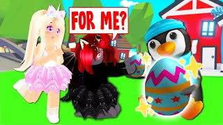 Gambar cover MYSTERIOUS PENGUIN Gives Us Mystery Eggs In Adopt Me! (Roblox)