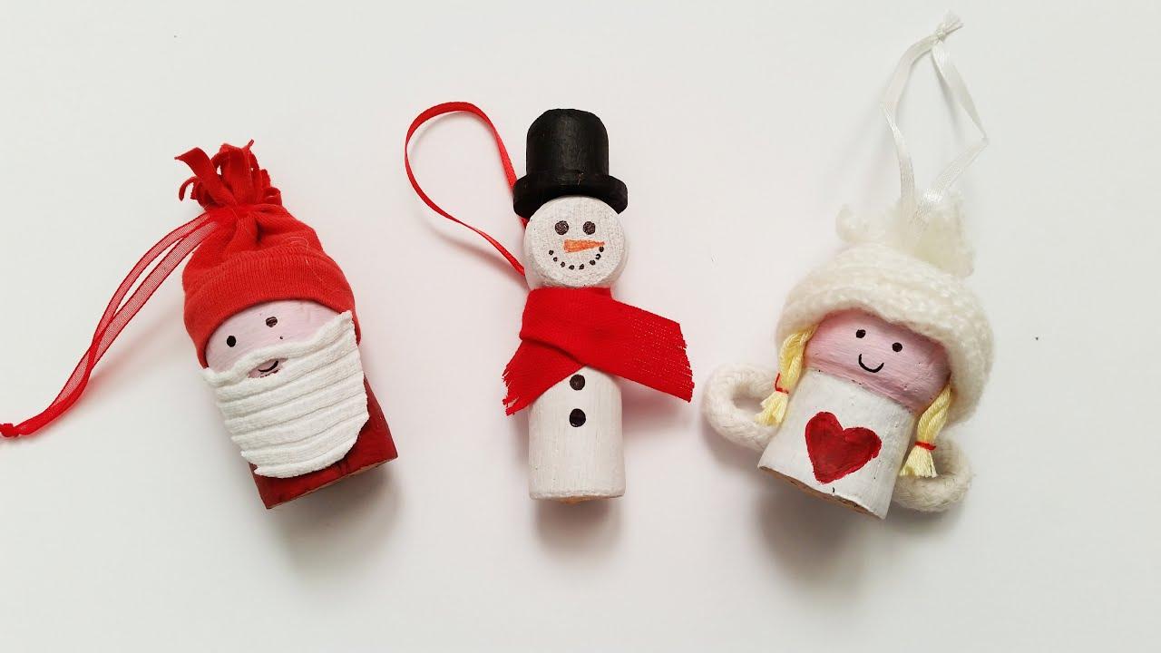 Lavoretti Di Natale Tappi Sughero.Tutorial Decorazioni Natalizie Con Tappi E Vecchie Maglie Riciclo Diy